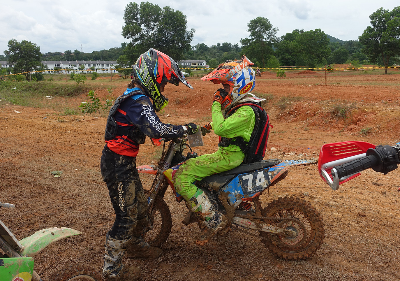 Enduro Race Tag Team